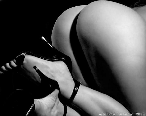 photograph erotic female